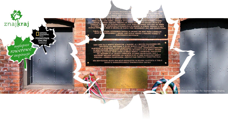 Węgierska tablica pamiątkowa w forcie Borek