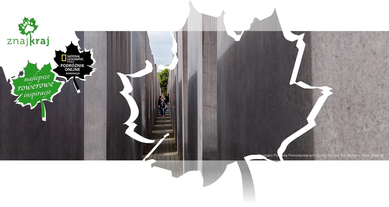 Wewnątrz Pomnika Pomordowanych Żydów Europy