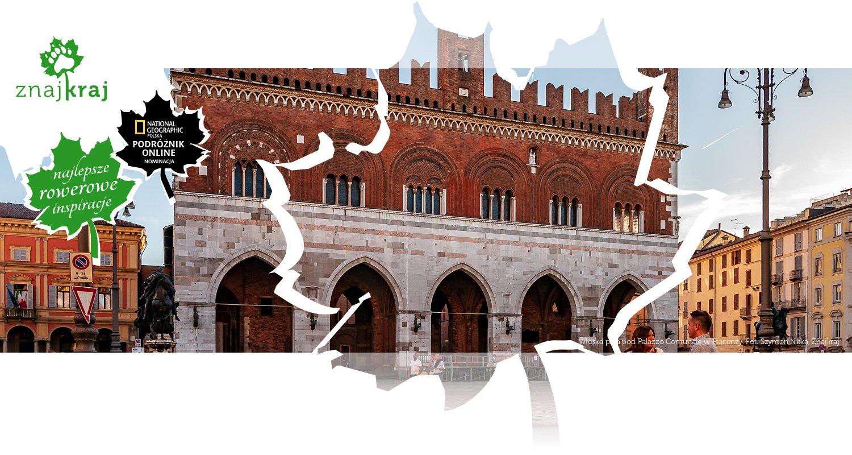 Włoska para pod Palazzo Comunale w Piacenzy