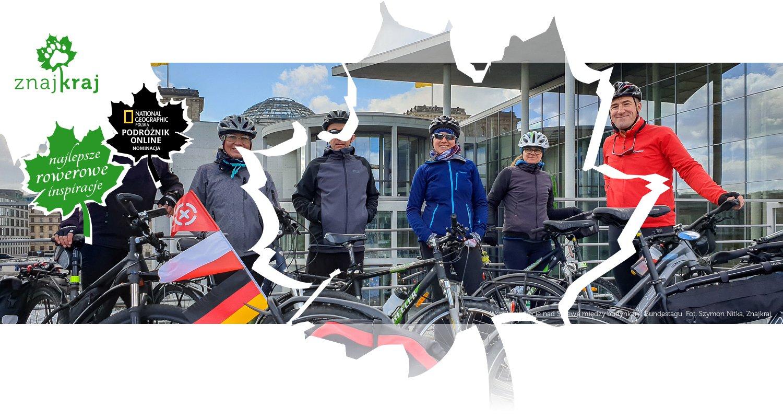 Wspólne zdjęcie nad Sprewą między budynkami Bundestagu
