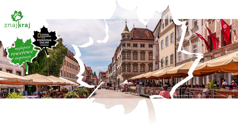 Zabytkowy główny plac miasta w Steyr