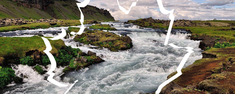 Malownicze progi wodne na rzece