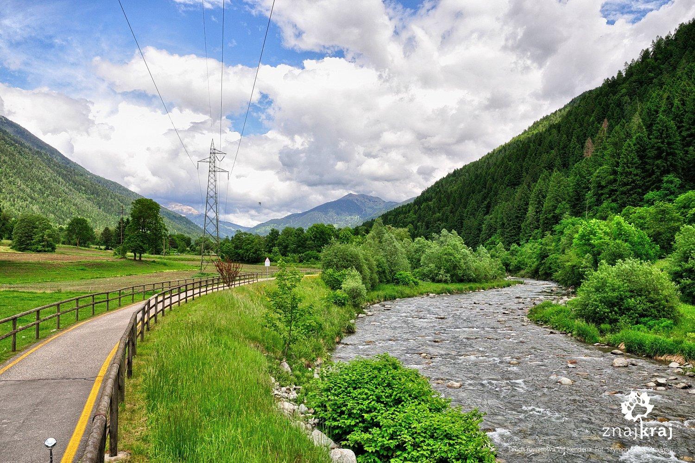 Droga rowerowa w dolinie Rendena w Trentino