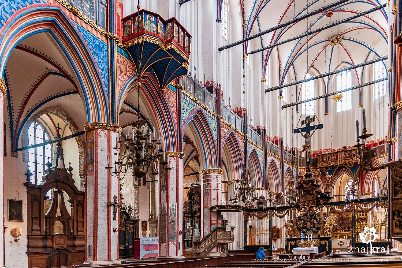 Wnętrze kościoła św. Mikołaja w Stralsundzie