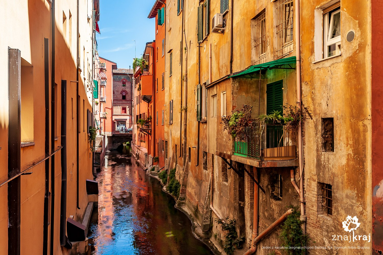 Kanał biegnący pod Bolonią