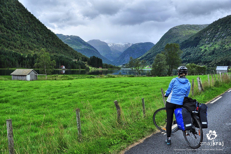 Jezioro Dalavatnet. Sogn og Fjordane, Norwegia