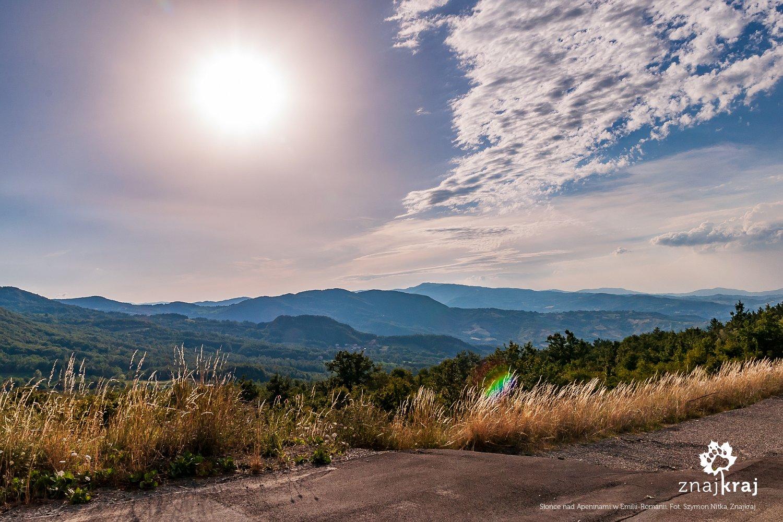 Słońce nad Apeninami w Emilii-Romanii