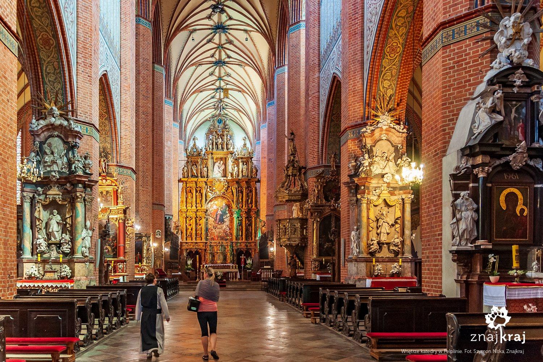 Wnętrze bazyliki katedralnej w Pelplinie