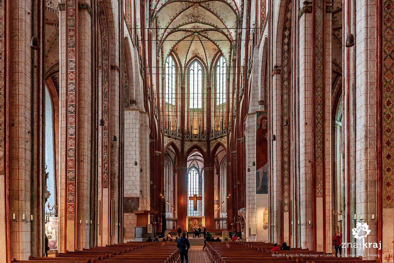 Wnętrze kościoła Mariackiego w Lubece