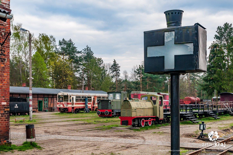 Zabytkowa stacja w Rudach