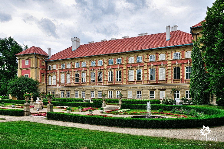 Zamek w Łańcucie od strony parku
