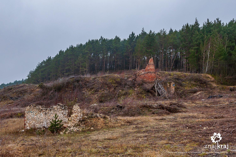 Zawalony wapiennik w Lisowicach
