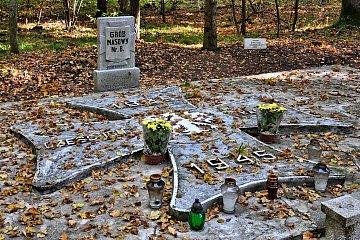 Groby pomordowanych w Szpęgawsku