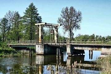 Most w Tujsku