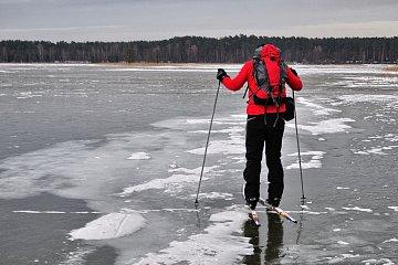 Na biegówkach po lodzie