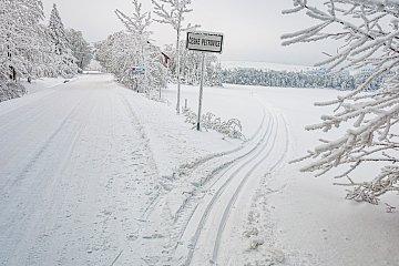 Narciarska trasa między czeskimi wsiami